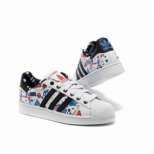 Chaussure Adidas Superstar Femme Formateurs Dessin anime