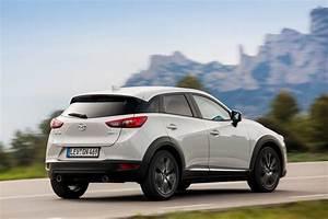 Essai Mazda Cx 3 Essence : essai mazda cx 3 2 0 skyactiv g le test du cx 3 essence photo 7 l 39 argus ~ Gottalentnigeria.com Avis de Voitures