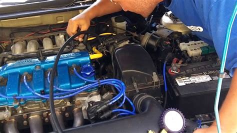 Mazda 626 - Fuel Pressure Regulator Test - YouTube