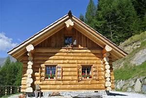 Holzbungalow Aus Polen : rundholzhaus mit gemauertem keller 450m2 wohnnutzflche ~ Orissabook.com Haus und Dekorationen