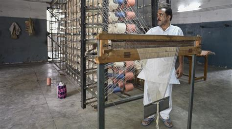house employment  tihar inmates