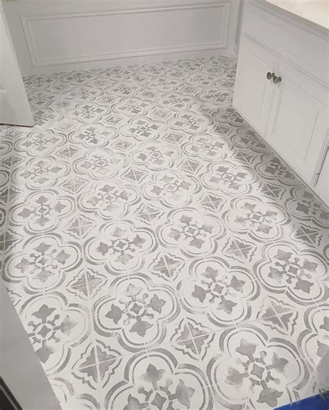 linoleum kitchen floors painted stenciled floors gray and white faux ceramic 3817