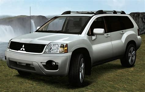 Buick Endeavor by 2010 Mitsubishi Endeavor Pictures Information And Specs