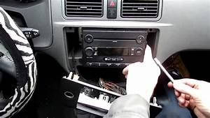 Ford Focus Radio Removal