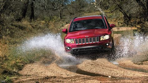 jeep honda comparison jeep compass 2015 vs honda hr v 2016