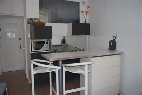 cuisine studio studio à louer en plein coeur de le studio