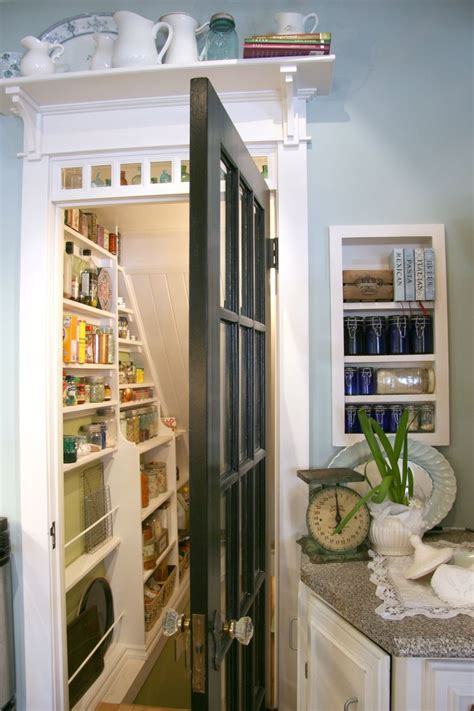 Basement Pantry Ideas 25 Best Ideas About Stairs Pantry On