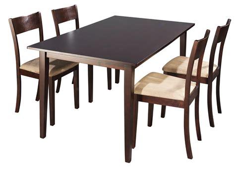location de table et chaise louer une table en bois polly 4 chaises location de