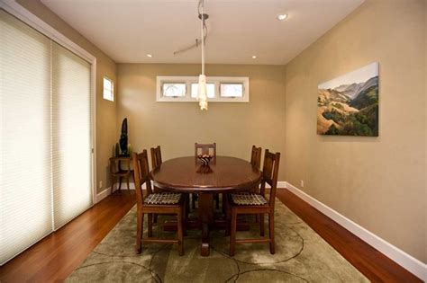 dining room  faux leather texture paint
