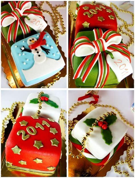 324 Best Christmas  Mini Cakes Images On Pinterest  Christmas Cakes, Xmas Cakes And Holiday Cakes