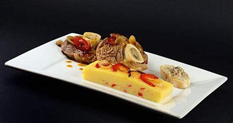 cuisine italienne osso bucco osso bucco aux poivrons rouges et à la polenta recette italienne ideoz voyages