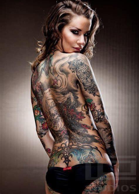 Tattoo Modell (von Hinten)  Inspirationen  Tattoo Models
