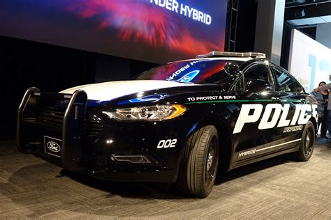 Cop Cars by Ford Responder Becomes Hybrid Cop Car