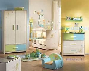 Décoration Chambre De Bébé : deco chambre bebe jaune et vert ~ Teatrodelosmanantiales.com Idées de Décoration