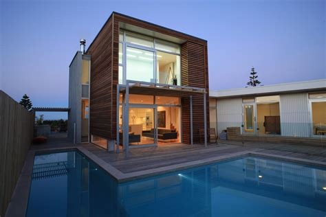 Excelent Architectural House Design With Wooden Facade
