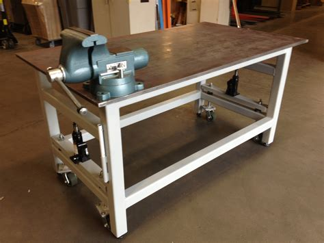 heavy duty workbench  retractable casters