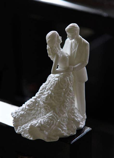 monique lhuillier waterford modern love bride  groom
