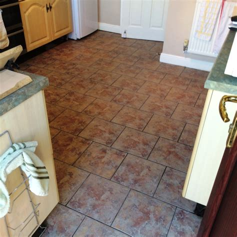 how to clean ceramic tile kitchen floor how to clean ceramic tile floors tile design ideas 9329
