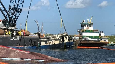 Boat Salvage After Hurricane by Global Diving Helps Refloat Boats After Hurricane Harvey