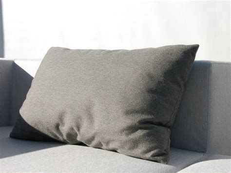coussin rectangulaire pour canape bob coussin rectangulaire by april furniture