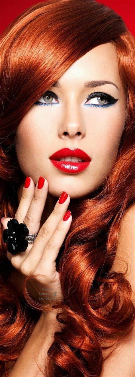 Оригинальный макияж с красными тенями — Какому цвету глаз подойдет?