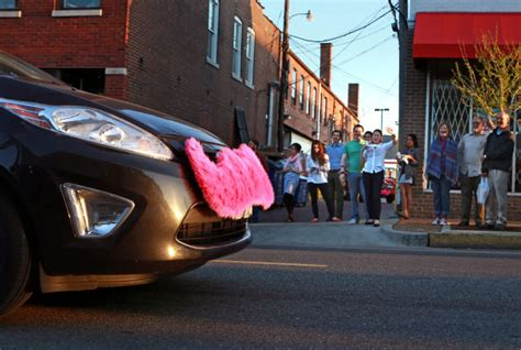 Citations Begin As Lyft Ride-sharing Gets Rolling In St