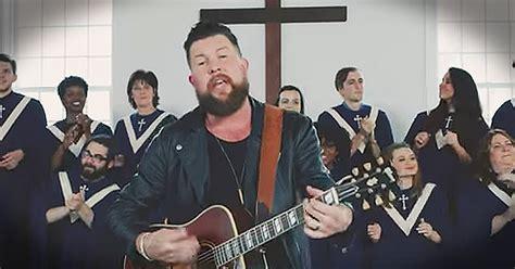 Zach Williams New Worship Song 'old Church Choir' Brings