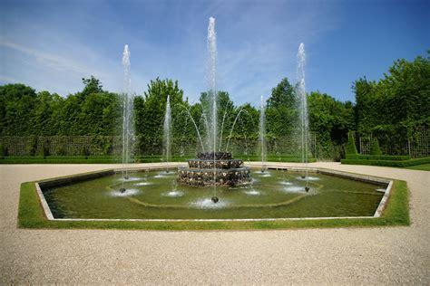 file le chateau de versailles le jardin 85 jpg wikimedia