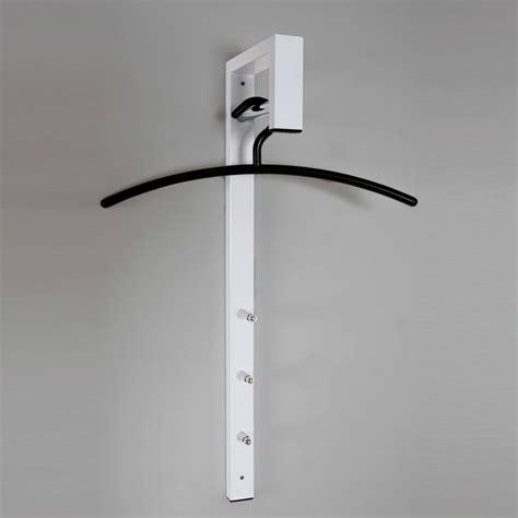 pat 232 re murale verticale 3 accroches et barre pour ceintre 70x20cm pratico blanc
