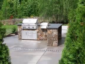 diy play kitchen ideas top 20 diy outdoor kitchen ideas 1001 gardens