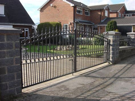 Automatic Iron Gatessecurity Gates For Houses Driveway