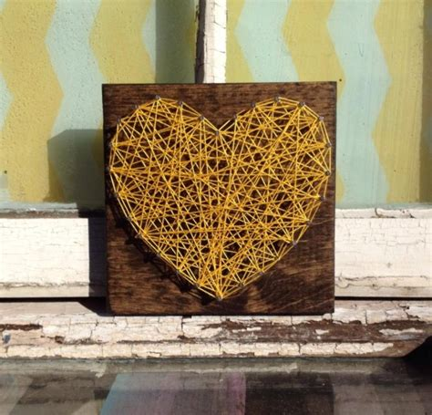 nail  string art heart  yellow  stained wood aftcra