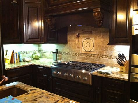 kitchen travertine backsplash ideas 3x6 noce travertine kitchen backsplash the link 6329