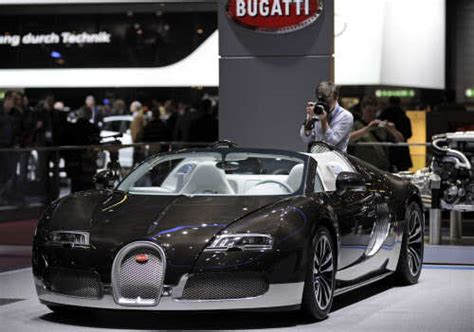 Bugatti veyron is available in 1 variants. Bugatti Veyron Price In Indian Currency