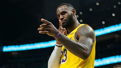 Lakers vs. Bucks Betting Picks, Betting Odds & Predictions ...