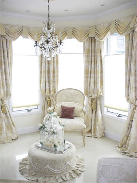 Living Room Curtains Ideas 2015 by Choose Some Cheerful Curtain Designs For Modern Living