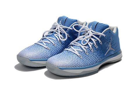 "2017 Air Jordan 31 Xxxi Low ""unc"" Bluewhite College"