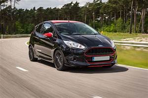 Ford Fiesta Black Edition : ford fiesta black edition review auto express ~ Gottalentnigeria.com Avis de Voitures