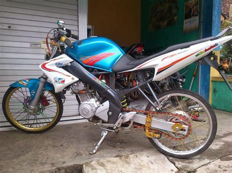 Vixion Thailook by 40 Gambar Modifikasi Motor Vixion Gaya Thailook Dapur