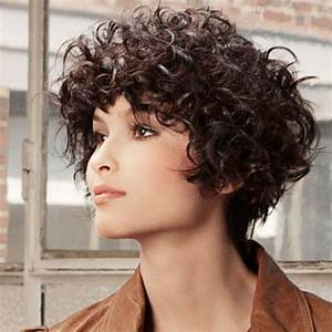 2015 Short Curly Hairstyles Ideas for Round Face Girls ...