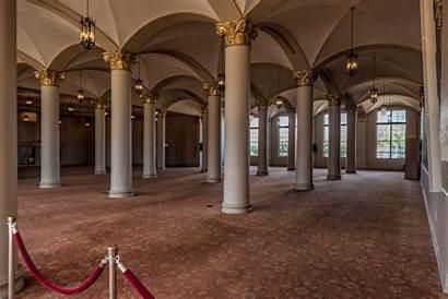 Tower Freedom Miami Florida Inside Level Mezzanine