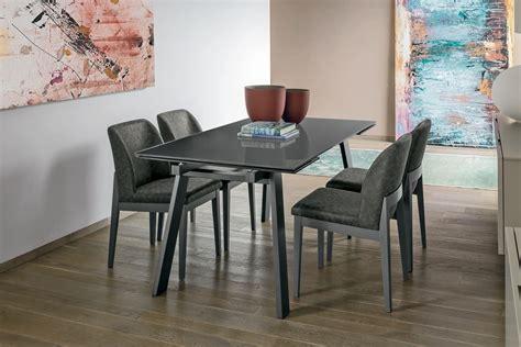 tavoli per sale da pranzo tavolo allungabile in metallo piano in vetro temperato