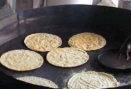 cuisiner le manioc manioc bien acheter bien cuisiner le manioc sur