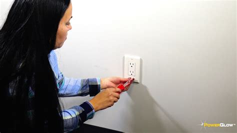 powerglow wall outlet plate  led night light onoff