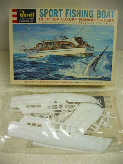 Sport Fishing Boat Kits by Vintage Revell Chris Craft Sport Fishing Boat Kit 1