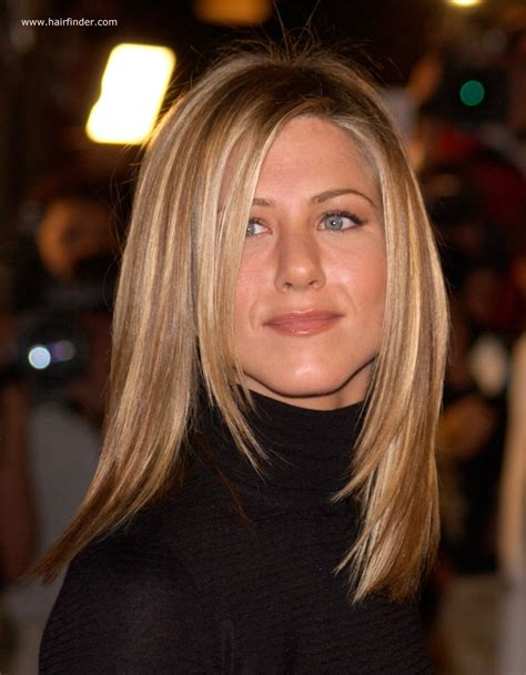 how to style hair like aniston aniston sleek ironed hair with blended 2297
