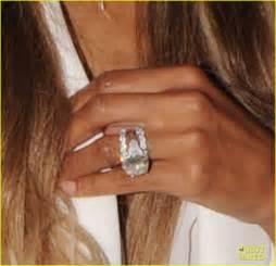 ciara engagement ring ciara flashes wedding ring while shopping with wilson photo 3701020 ciara