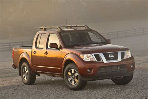 nissan frontier review ratings specs prices