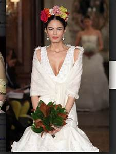Mexican style wedding dress inspired by frida kahlo for Mexican style wedding dresses