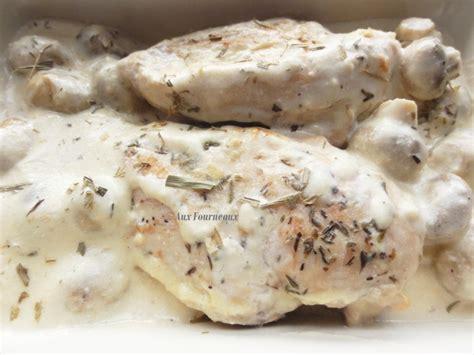 cuisiner un poulet de bresse poulet de bresse à la crème aux fourneaux